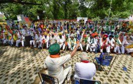 Kisan Sansad at Jantar Mantar: Designated 'agriculture minister' resigns